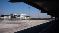 Für regionale Impfzentren: Opel bietet Werksflächen an
