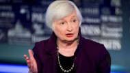 Steigende Renditen sorgen für festeren Dollar