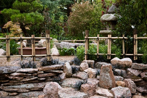 Japanese Rock Garden With Fences Made Of Buy Image 11064048 Living4media