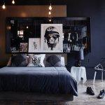 Dunkles Schlafzimmer Mit Doppelbett Vor Bild Kaufen 11444153 Living4media