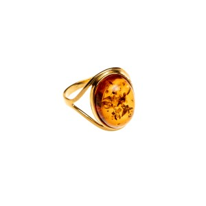 Gold-plated ring with cognac amber