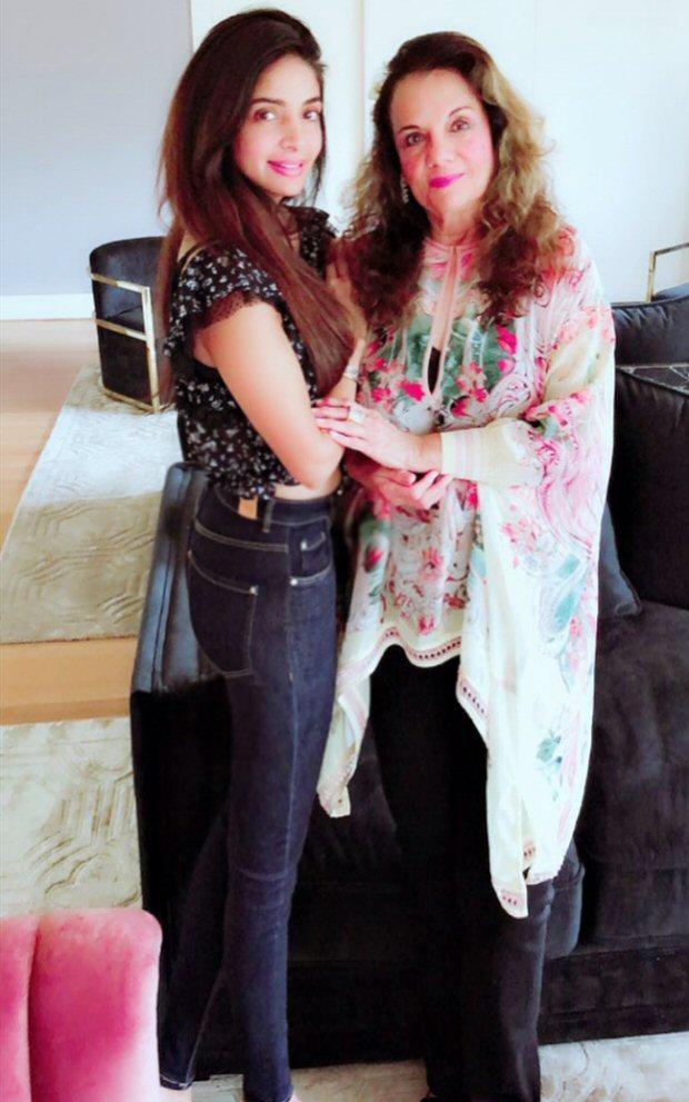 Death of veteran actress Mumtaz was a hoax says her daughter, posts video online