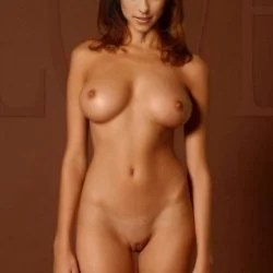 Jennifer Love Hewitt Celeb Masta 24