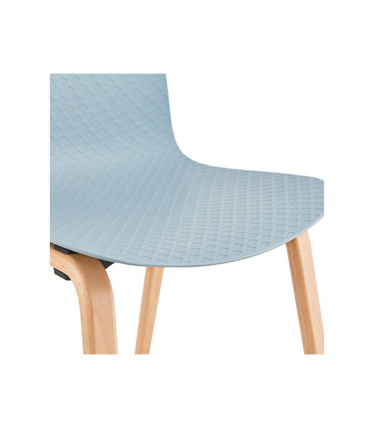 chaise design bleu en plastique et bois