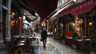 Leittragende der nächtlichen Ausgangssperren: Die französischen Restaurants wie hier in Lyon