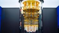 Rechenkünstler: Der Quantencomputer von IBM in Ehningen bei Stuttgart steht im Zentrum der Initiative.