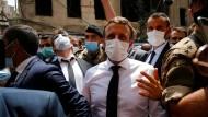 Der französische Präsident Macron war am Donnerstag das erste Staatsoberhaupt, das den Libanon nach den verheerenden Explosionen in Beirut besuchte.
