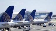 Müssen weiter am Boden bleiben: Boeing-737-Max-Maschinen von United Airways am Flughafen in Newark, New York