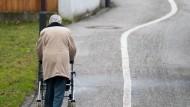 Entgegen der verbreiteten Meinung, sind Rentner in Deutschland unterdurchschnittlich oft von Armut Betroffen.