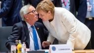 Verstehen sich: EU-Kommissionspräsident Juncker und Kanzlerin Merkel.
