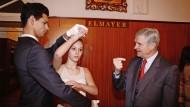 2013 in der Tanzschule Elmayer:  Nach anderthalb Jahren coronabedingter Dürrezeit wird in Wien jetzt wieder  der Walzer gelehrt.
