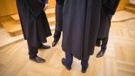 Erste Erhöhung seit 7 Jahren: Anwälte bekommen mehr Geld