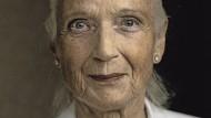 Sie weiß um die schwierige Balance zwischen Fürsorge und Übergriffigkeit: Gabriele von Arnim.