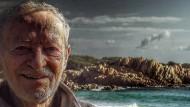 """Der Abschied naht: Mauro Morandi am Strand """"seiner"""" Insel"""
