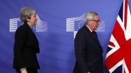 Noch kein Weg Richtung Einigung: Die britische Premierministerin Theresa May und der Präsident der Europäischen Kommission Jean-Claude Juncker in Brüssel