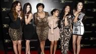 Familiäre Dramen der Kardashians schufen die Möglichkeit, sich mit dem abgehobenen Clan zu identifizieren.