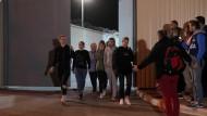 Frauen, die bei Demonstrationen in den vergangenen Tagen in Belarus festgenommen wurden, werden aus einem Gefängnis in Minsk entlassen.