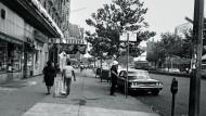 """Amerika spielt mit gezinkten Karten: Colson Whiteheads Roman """"Harlem Shuffle"""""""