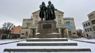 Hätten Goethe und Schiller einander wegen Corona, Identität oder Klima angebrüllt? Die doch nicht, die waren kultiviert!
