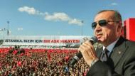 Der türkische Präsident Recep Tayyip Erdogan bei einer Wahlveranstaltung in Istanbul