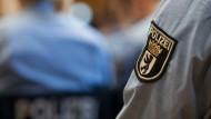 Wie verbreitet sind rechtsextreme Tendenzen in deutschen Sicherheitsbehörden?