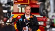 Armin Laschet bei der Feuerwehr in Hagen
