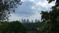 Blick vom Lohrbergpark aus auf Frankfurt