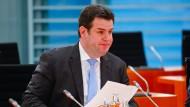 Kommt die Grundrente trotz der Corona-Krise 2021? Arbeitsminister Hubertus Heil (SPD) will daran festhalten.