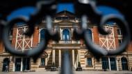 Lange hatte man im Richard-Wagner-Festspielhaus gehofft, die Bayreuther Festspiele auch in diesem Jahr stattfinden lassen zu können.