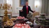 Kulturgeschichte des Parvenüs: Was Trump mit Künstlern gemein hatte