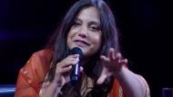 Ein unerhörtes Talent, sowohl die Freiheiten des auf die Spitze getriebenen Denkens als auch die Grenzen des Diskurses aufzuzeigen: Mithu Sanyal Ende Mai 2021 in Köln