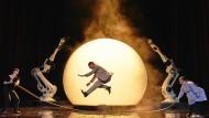 Zukunft des Theaters: Als Vision gesprungen, als Phrase gelandet