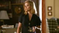 Noch scheint im Leben der Übermutter Elena Richardson (Reese Witherspoon) alles in Ordnung. Aber nicht mehr lange.