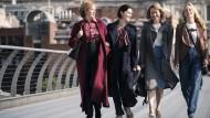 """Machen die Sache unter sich aus: Deborah Findlay, Annabel Scholey, Nicola Walker und Fiona Button (von links) spielen die Anwältinnen in """"The Split""""."""