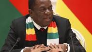 Emmerson Mnangagwa, der Präsident von Simbabwe kämpft mit einer schweren Wirtschaftskrise in seinem Land.
