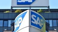 Der Softwareriese SAP ist mit einem Minus von sieben Prozent der größte Wochenverlierer im Dax