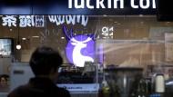 Chinas Starbucks-Rivale Luckin Coffee will an die Börse.