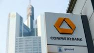 Die Fusion von Deutscher Bank und Commerzbank ist zwar vom Tisch, sorgt aber in der Commerzbank noch für Ärger.