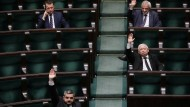 Jaroslaw Kaczynski, der Vorsitzende der polnischen Regierungspartei PiS, bei einer Abstimmung im Sejm am 6. April 2020