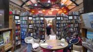 Bücherhöhle im Bahnhofsgebäude: Barter Books ist der Paradiesgarten aller Bibliophilen.