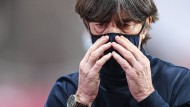 Die Mannschaft verloren: Bundestrainer Löw erreichte in Sevilla niemanden in seinem Team.