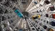 Ungeachtet all der Turbulenzen in den vergangenen Jahren ist Volkswagen der größte Autohersteller der Welt geblieben.