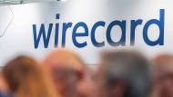 Besucher während der Wirecard-Hauptversammlung