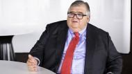 Fordert mehr Haushaltsdisziplin der Regierungen: BIZ-Generaldirektor Agustín Carstens.