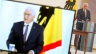"""Frank-Walter Steinmeier startet das Forschungsprojekt """"Ethik der Digitalisierung""""."""