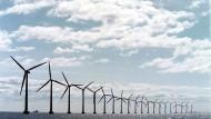 Der Windmühlenpark Middelgrunden in Dänemark