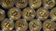 Krypto-Anlage: Alle Bitcoin zusammen knacken die Billionen-Marke
