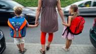 Sollten Eltern noch den schulischen Werdegang ihres Kindes bestimmen dürfen?