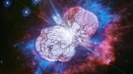 """Schön schrecklich: Eta Carinae im Sternbild Schiffskiel ist umgeben vom """"Homunculus-Nebel"""". Dieser ist das Überbleibsel einer enormen Explosion, die das Objekt zwischen 1833 und 1843 zum zweithellsten Fixstern nach Sirius machte."""