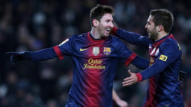 Messi y Alba celebran uno de los goles contra el Athletic Club / FOTO: MIGUEL RUIZ-FCB
